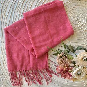 Pink scarf 🧣